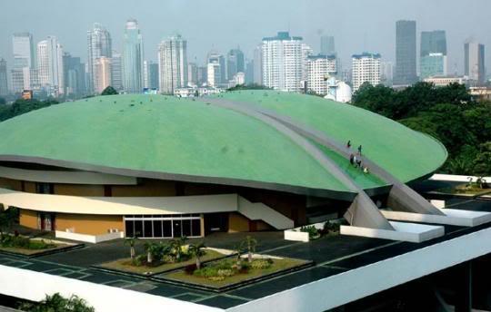 Mengenang CONEFO Project; Gedung yang Seharusnya Menunjukkan Superioritas Indonesia Kini Ditempati Orang yang Miskin Moralitas