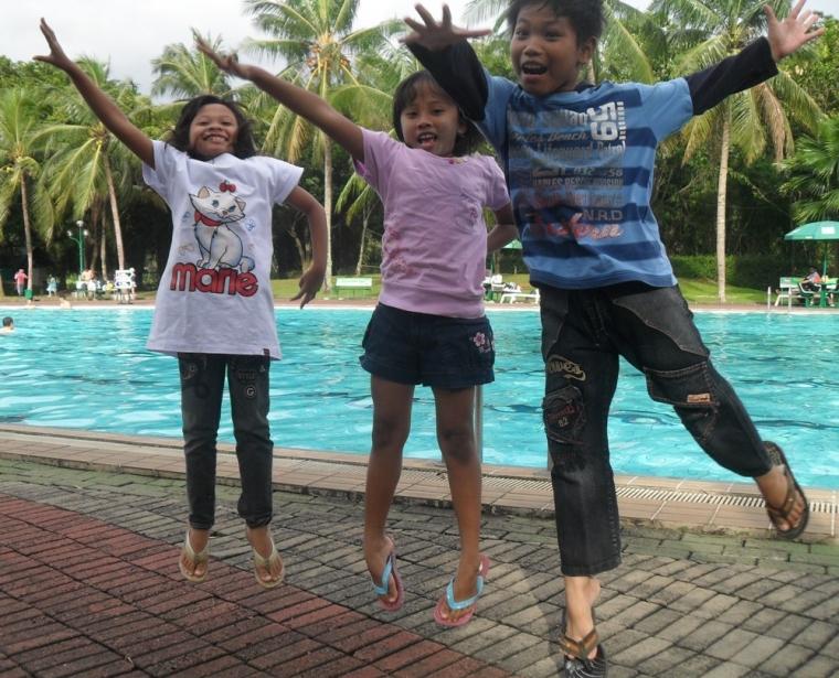 Terlantarnya Pantai Tanjung Pasir di pinggir Jakarta..