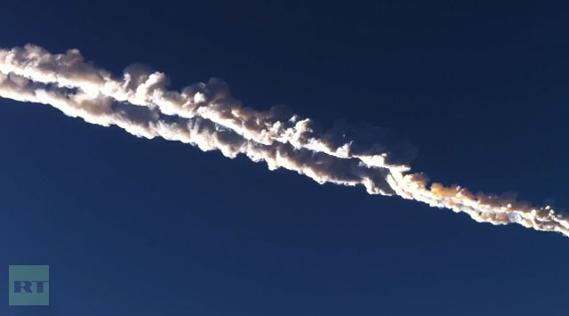 Meteorit jatuh di Ural, Rusia: ledakan Fireball membuat kekacauan, lebih dari 500 terluka (FOTO, VIDEO)