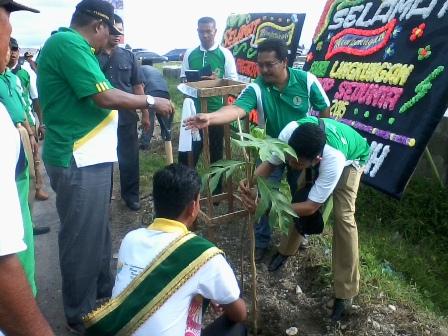 Penanaman Pohon Warnai Peringatan Hari Lingkungan Hidup 2015 di Aceh Barat