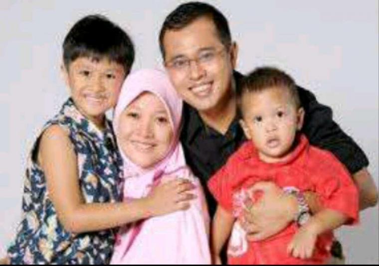 Peran Keluarga Dalam Membangun Bangsa Oleh Sony Wibowo Kompasiana Com