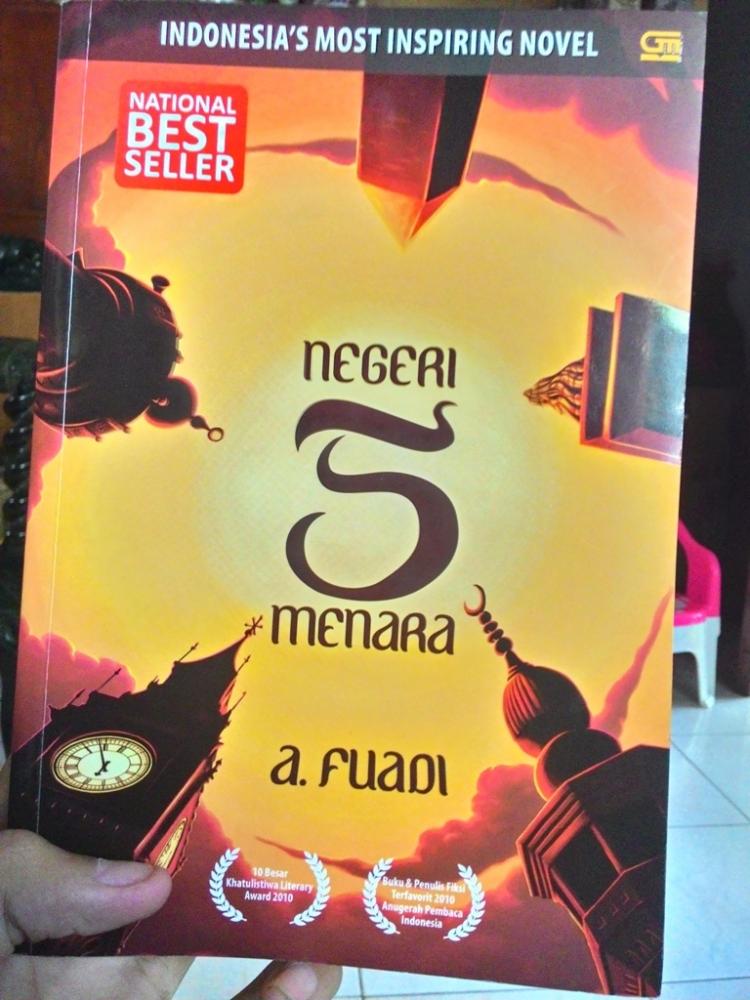 Resume Novel Negeri 5 Menara Oleh Tito Aprildama Halaman All