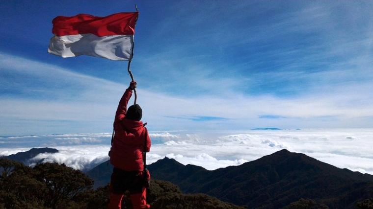 Porter Latimojong, Jalan Berliku ke Puncak Rante Mario Gunung Latimojong