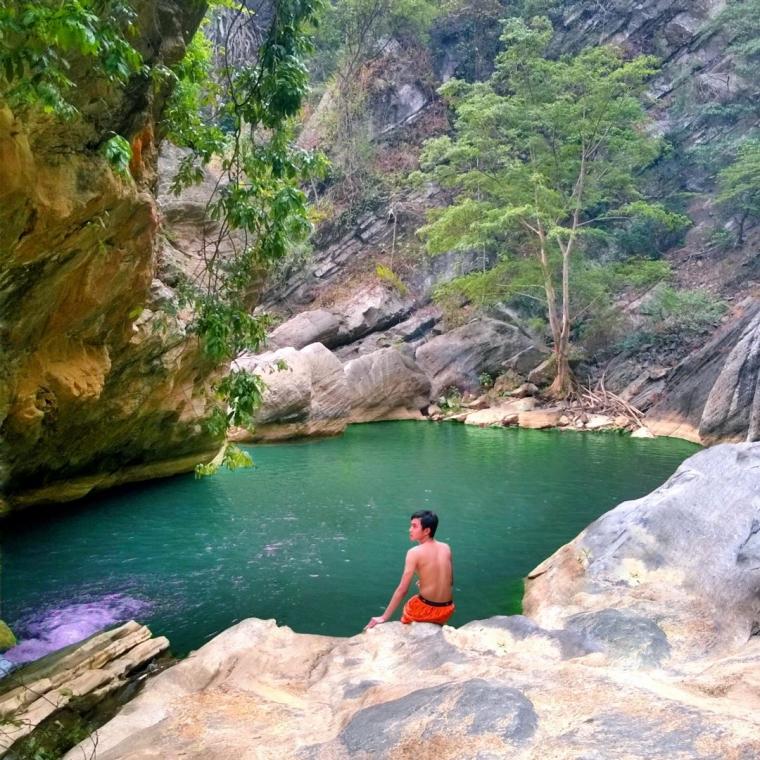 Sanghyang Heuleut, Negeri Khayangan dari Bandung