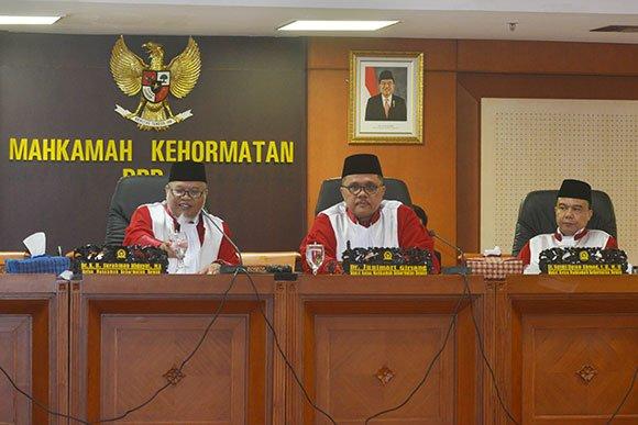 Strategi Cerdas Jokowi, Membuat KMP Terperangkap Kondisi