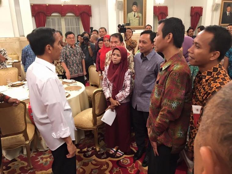 """Saya Bilang ke Jokowi, """"Bapak Harus Blusukan ke Fakfak!"""""""