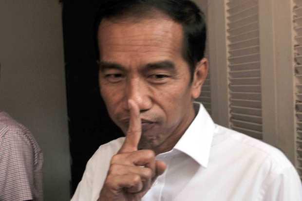 Langkah-langkah Misterius Jokowi