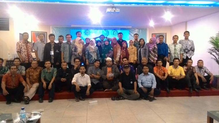 Liputan Workshop E-learning di Politeknik Harapan Bersama Kota Tegal