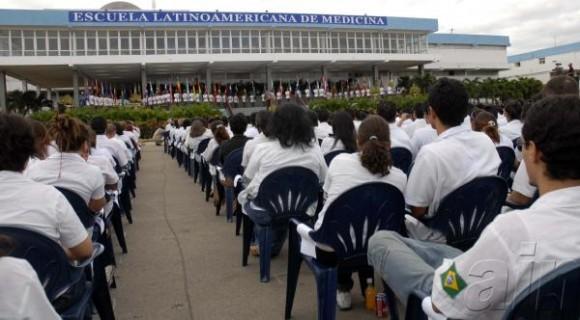 Sekolah Kedokteran Kelas Dunia dari Kuba
