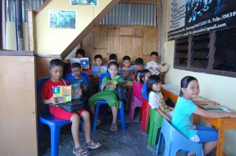 Melahirkan Generasi Anak Pulau Nias yang Tak Buta Ilmu Pengetahuan