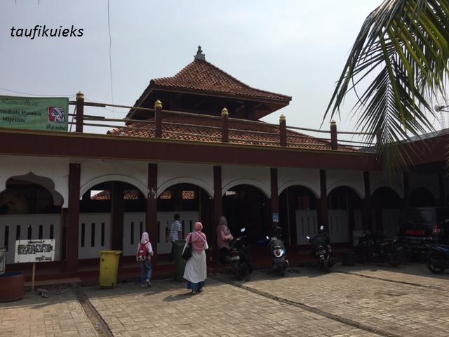 Tenggelamnya Masjid Al-Alam Cilincing
