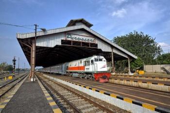 Menyusuri Stasiun Purwosari Stasiun Kereta Api Tertua Di