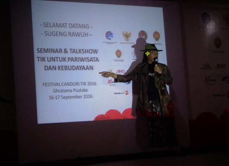 Jleb! Sujiwo Tejo pun Mendongeng Tentang Kebudayaan Vs TIK