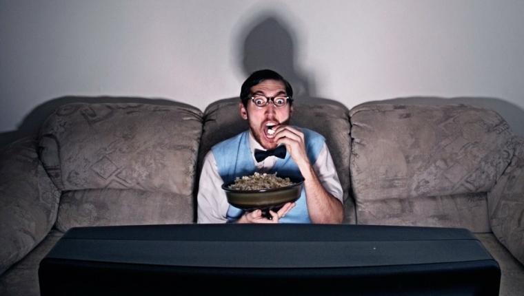"""Berkenalan dengan """"Binge Watching"""""""