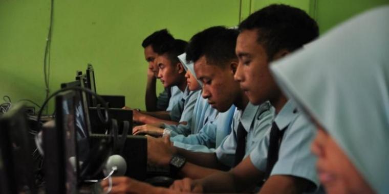 Pro dan Kontra UN Berbasis Komputer