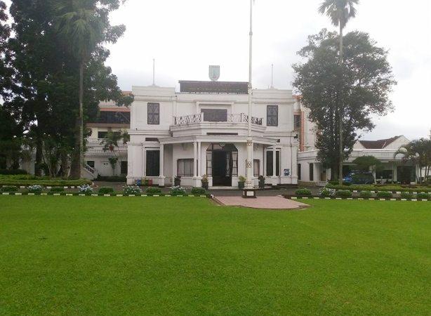 Blusukan ke Rumah Ratu Juliana di Salatiga