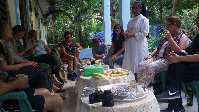 Biarawati Pelopor Kemanusiaan di Mabar