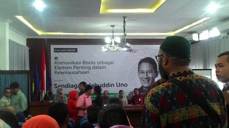 Sandiaga Goes to Medan: Memberi Kuliah Umum Komunikasi Bisnis