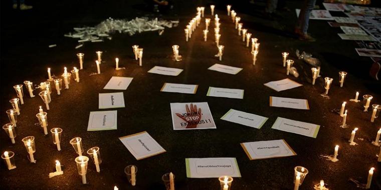 Aksi 1000 Lilin Ahoker Sebenarnya Sindir Jokowi?
