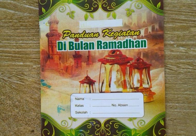 Amalia Ramadan, Literasi dan Jurnalistik Pertamaku