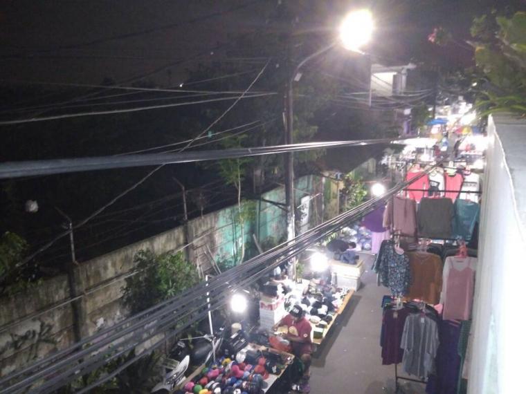 Pasar Malam Petamburan Mengganggu