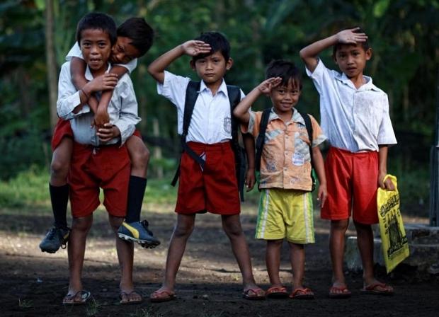 50 Juta Anak Sekolah Sedang Ditimang-timang Nasibnya