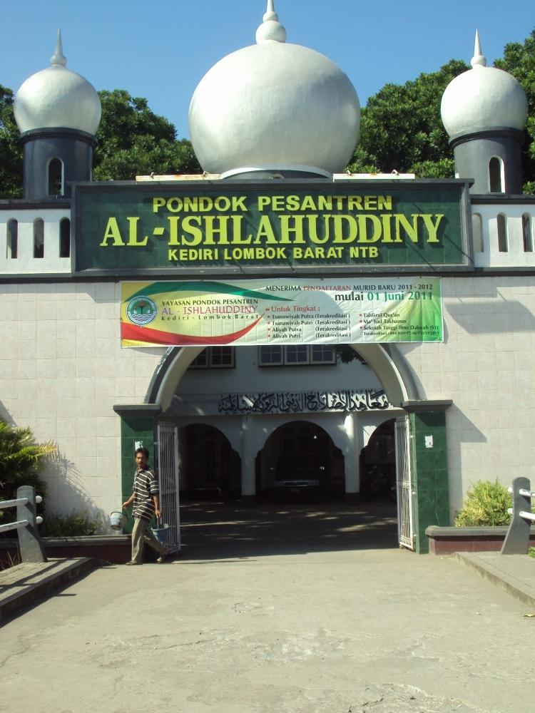 Al-Islahuddiny : Dari Tekanan Kolonial Hingga Semangat Pluralisme Lokal