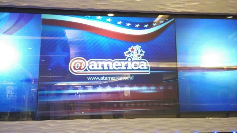 Menjelajah Amerika Lewat @america