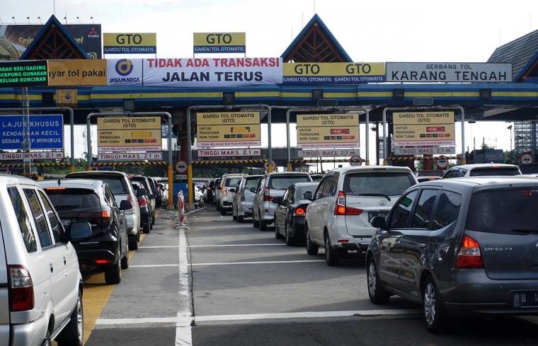 Gerbang Tol Otomatis dan Kebiasaan Problematis Pengguna