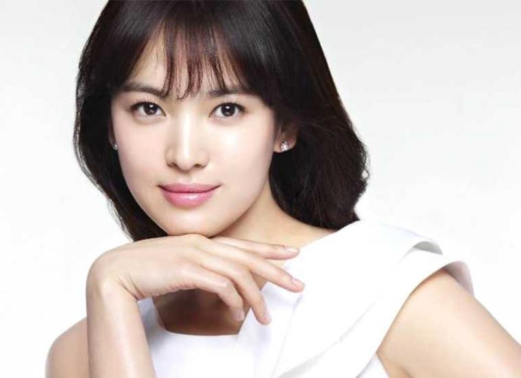 Ingin Tahu Rahasia Cantik Song Hye Kyo? Cari Tahu Aja di Sini!