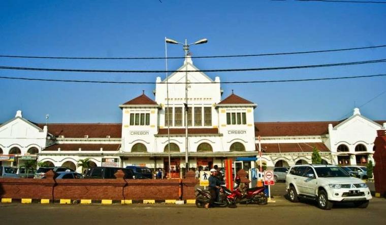 Angkutan Umum dari Stasiun Cirebon ke Majalengka oleh Gelar S ... d31815b9fa
