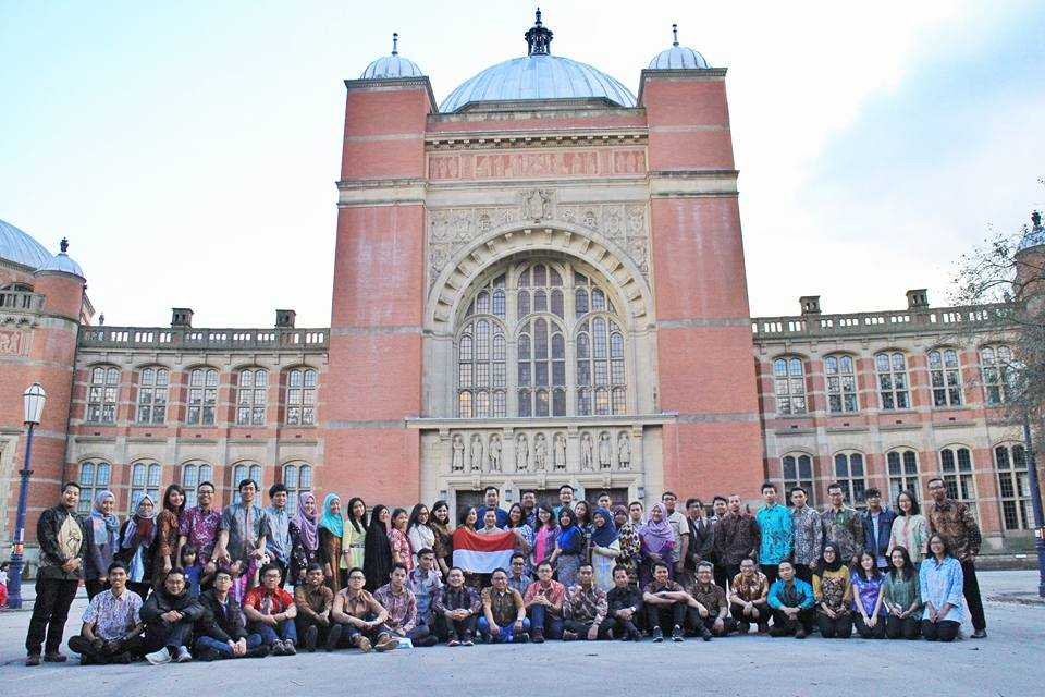 Kuliah di Luar Negeri, Manfaatnya Apa Sih?