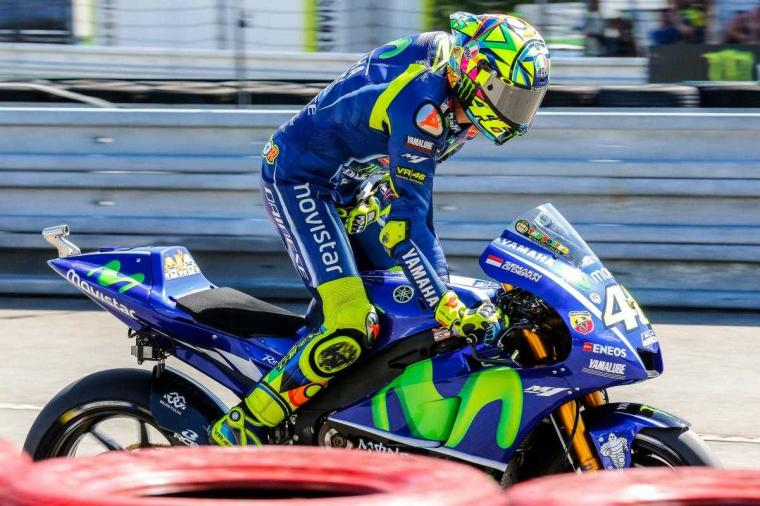 Telat Ganti Ban, Rossi Gagal Podium di MotoGP Brno
