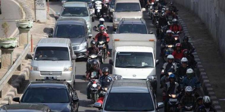 Drama Sepeda Motor di Depan Solusi Setengah Hati