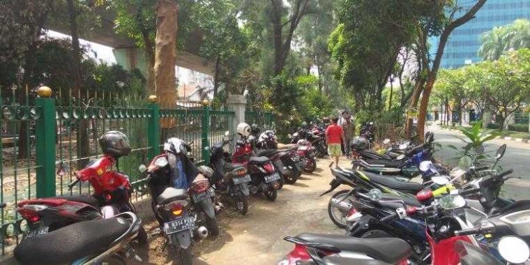 Trotoar Menjadi Bagian dari Masa Depan Kesehatan Jakarta