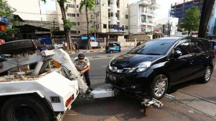 Aturan Memiliki Garasi Hanya Sebagian Solusi Kemacetan Jakarta