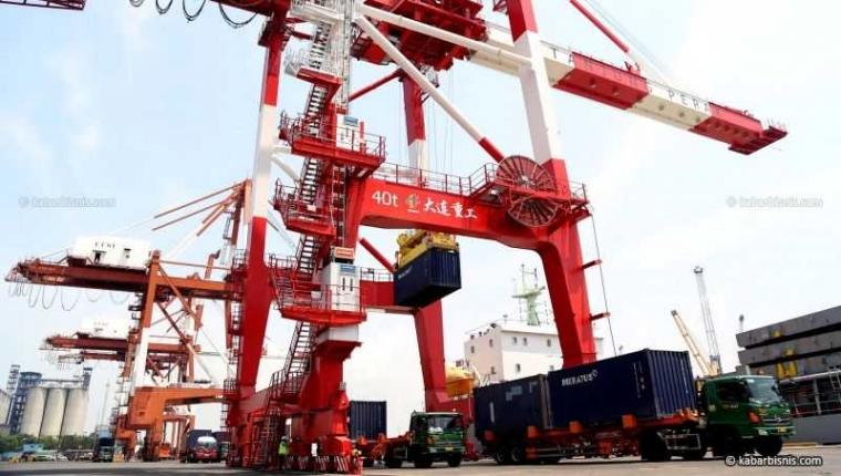 Pelabuhan Sebagai Pintu Kehidupan Ekonomi Bangsa