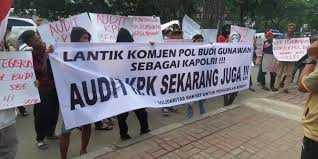Seharusnya Jokowi Dukung Fahri Hamzah yang Wacanakan Pembekuan KPK