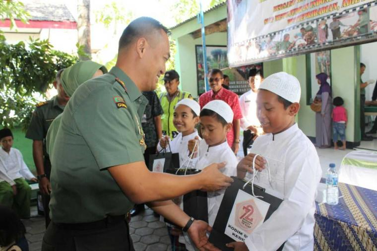 109 Anak di Khitankan Massal Kodim 0809/Kediri
