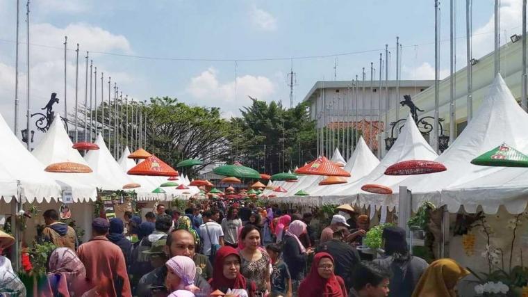 Bandung Agro Market: Kini Orang Kota Bisa Bertani