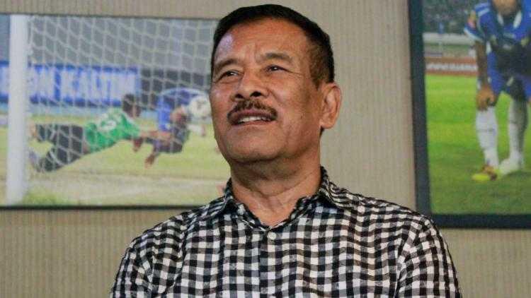 Pernyataan Manajer Persib Bandung dan Kekecawaan Bobotoh yang Membuat Suhu Memanas