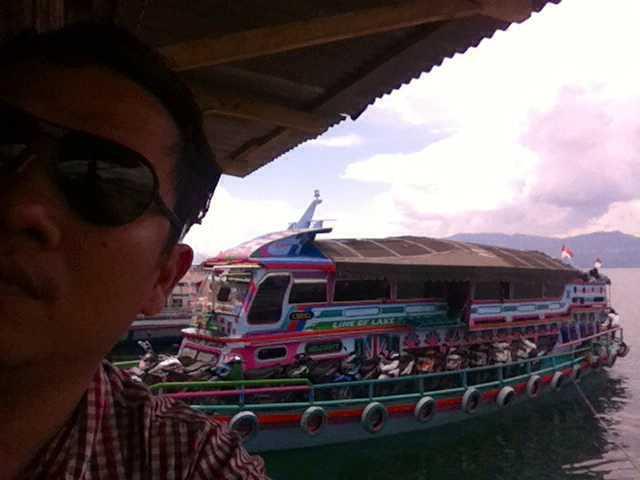 Keterlibatan Masyarakat dalam Pariwisata Danau Toba; Sebagai Penonton atau Pemain?