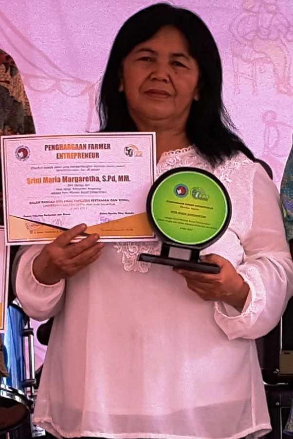 Ibu Srini, Srikandi dari Desa Sengi