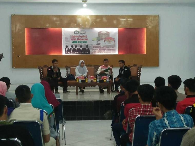 Training Legislatif Mahasiswa