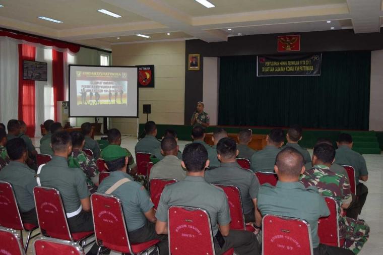 Prajurit Korem 151/Binaiya Mengikuti Penyuluhan Hukum