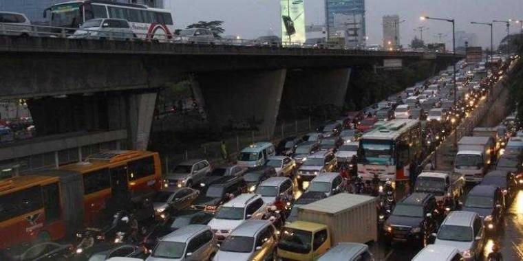 """""""Ride Sharing"""" Konsep Kekinian Mengurai Kemacetan"""