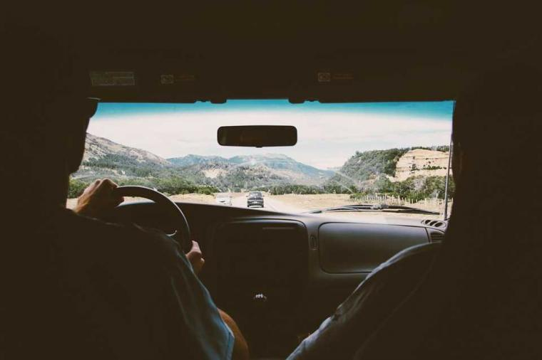 Si Melankolis yang Introvert, Bisakah Berbagi Kendaraan?