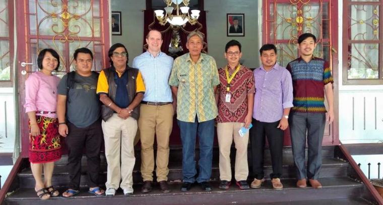 """Kampanye """"Kalimantan Tanpa Kemiskinan"""" dan Jalan Menuju Nol Deforestasi"""
