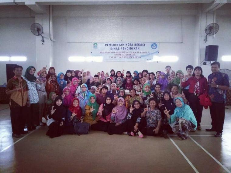 Pelatihan Menulis, MGMP B. Indonesia Kota Bekasi