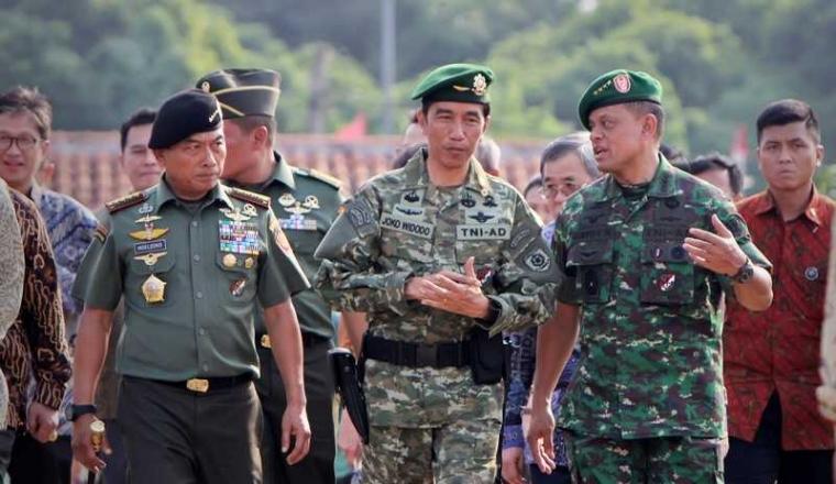 Mengapa Penggantian Panglima TNI Tak Perlu Buru-buru